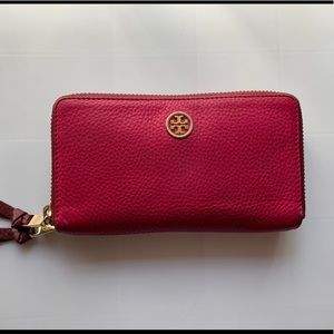 Tory Burch Robinson Double Zip Continental Wallet
